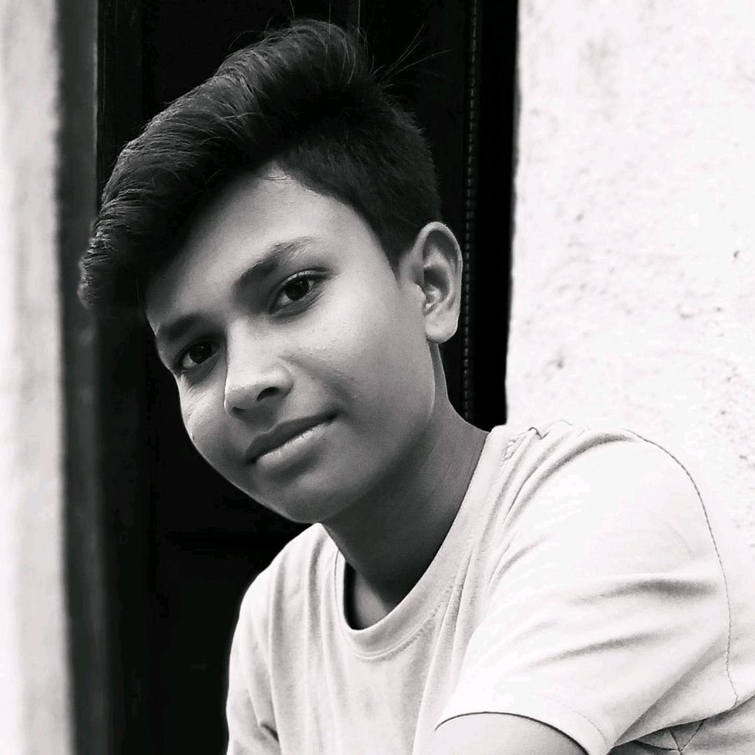 Royal_Tushar_पाटील.! TikTok