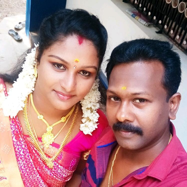 PriyaSaji998 TikTok