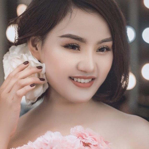 Trang Bông TikTok