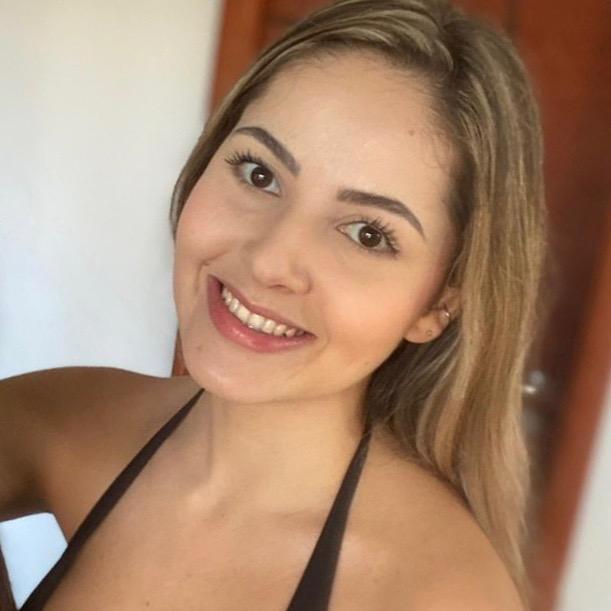 Larissa Dos Santos J TikTok