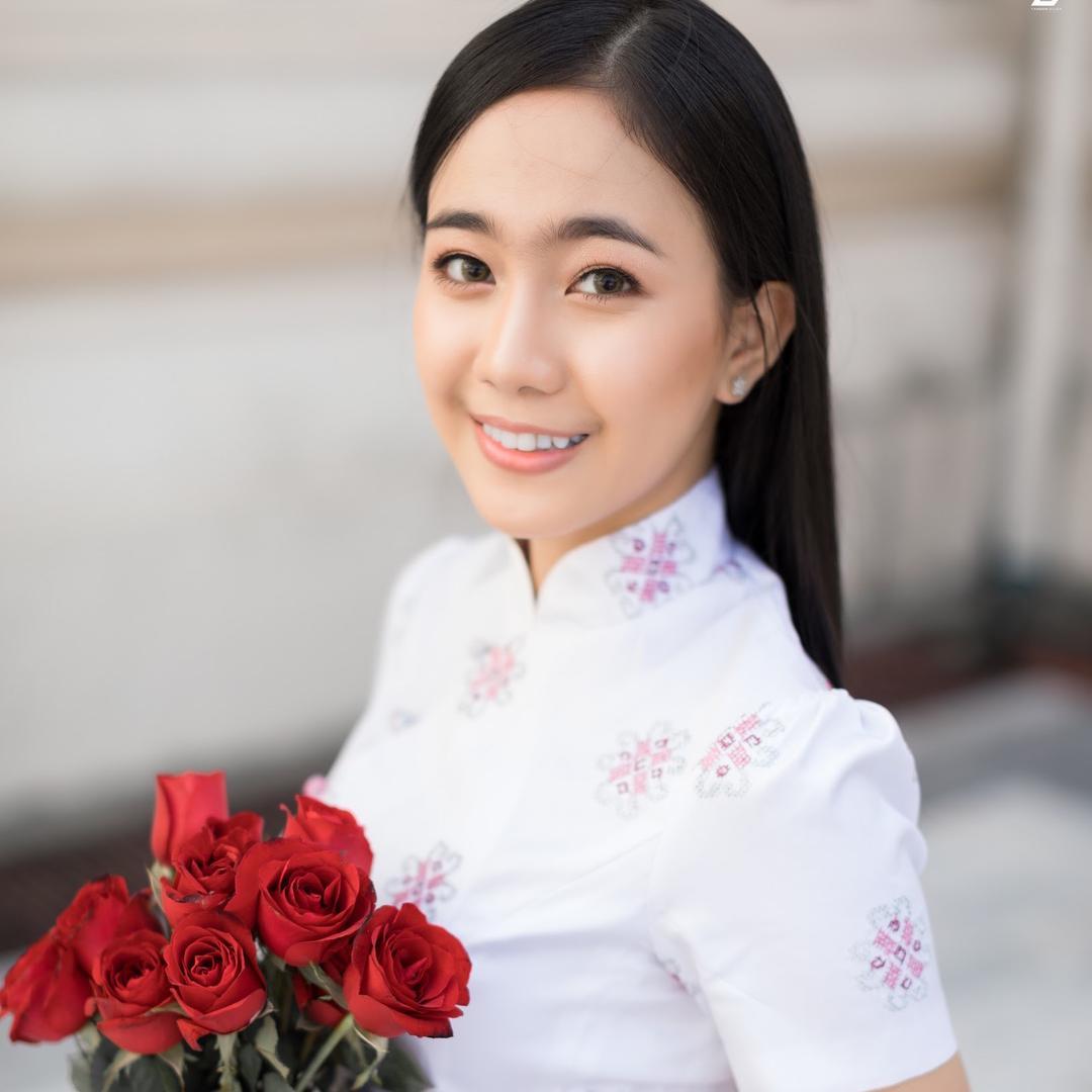 Nay Chi Shoon Lak TikTok